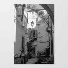 Inner courtyard, Ortigia, Syracuse, Sicily, Canvas Print