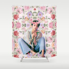 F(Amber) Flower Queen  Shower Curtain