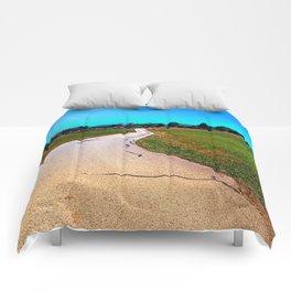 Uneven relations Comforters