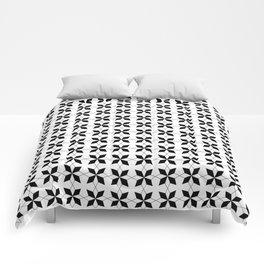stars 17 black and white Comforters