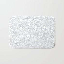 Embossed Powder & Pearl Lace Bath Mat