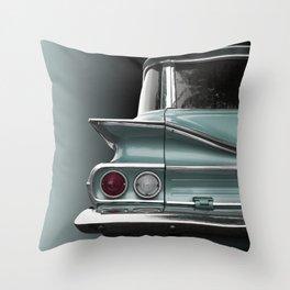 US American classic car 1960 park wood Throw Pillow