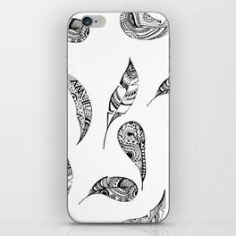 Black&White Feathers iPhone Skin