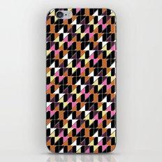 Zigzag geometrical pattern iPhone & iPod Skin