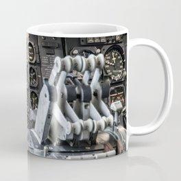 Boeing 747 cockpit Coffee Mug