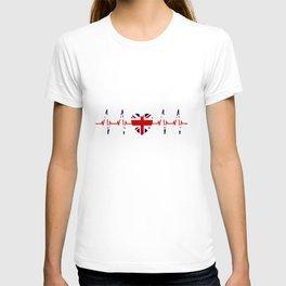 London Skyline heartbeat England fan union Jack heart London T-shirt T-shirt