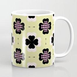 golden four-leaf clover pattern Coffee Mug