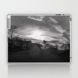 Streamers in the sky Laptop & iPad Skin