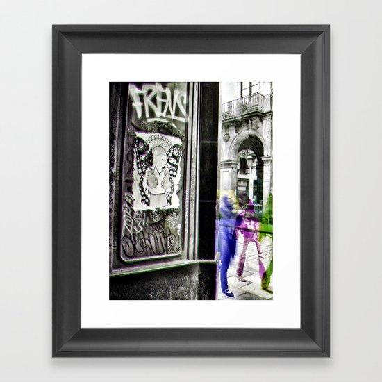liveliest revel ivy lure Framed Art Print