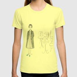cafe girl T-shirt
