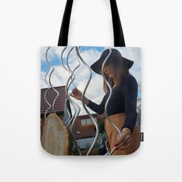 LARA LAY - Fashion Sculptured Tote Bag