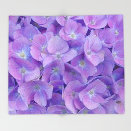 Hydrangea lilac Throw Blanket