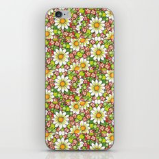 Christmas Daisy and Berries Pattern iPhone Skin