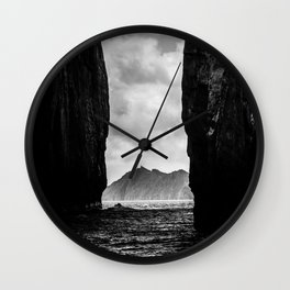 Diverge Wall Clock