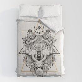Wolf head portrait native american ethnic vintage illustration  Comforters