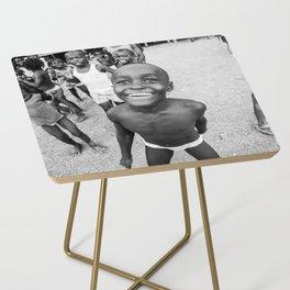 Niños Chocoanos Side Table