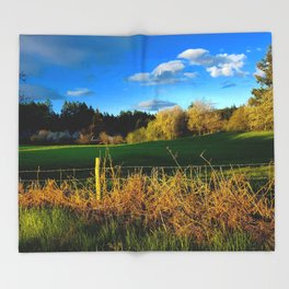 Golden Evening Light Across A Field Throw Blanket