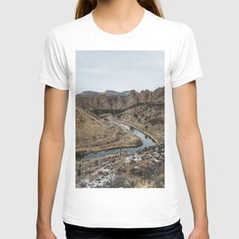 Smith Rock Desert - Wanderlust Nature Photography T-shirt