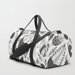 Black and white feathers pattern Duffle Bag