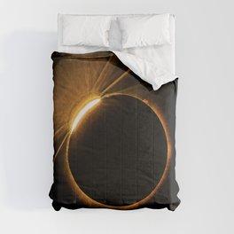 Total Solar Eclipse 8-21-17 Comforters