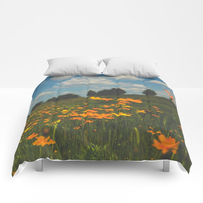 Dreaming in a Summer Field Comforters
