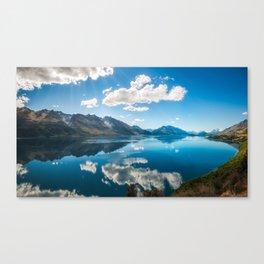 Sun rays at Lake Wakatipu, New Zealand Canvas Print