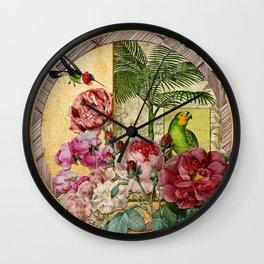 Beija Rosas Wall Clock