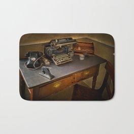 Vintage Writers Corner Bath Mat
