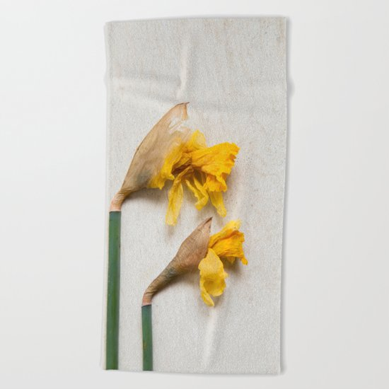 Daffodil 2 Beach Towel