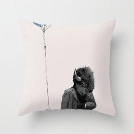 FREE BALLOONS Throw Pillow
