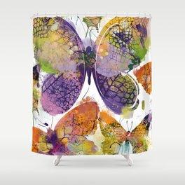 3 farfalle Shower Curtain