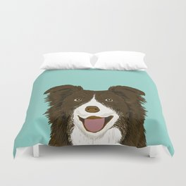 Border Collie chocolate brown cute working dog breed herding dogs gift for border collie owner pets Duvet Cover