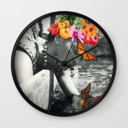 Frida reflection Wall Clock