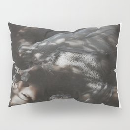 drowning 4 U Pillow Sham