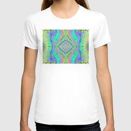Flowing Life Art Fractal 3b T-shirt