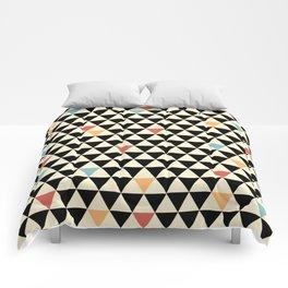 TRIO9 VTG Comforters