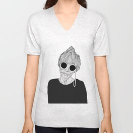 THE QUEEN B(ITCH) Unisex V-Neck