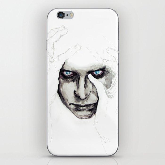 detail insomnia iPhone Skin