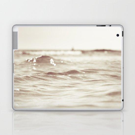 Let´s go to the bleech Laptop & iPad Skin