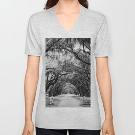 Spanish Moss on Southern Live Oak Trees black and white photograph / black and white art photography Unisex V-Neck