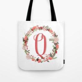Personal monogram letter 'Q' flower wreath Tote Bag