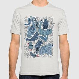 Arctic animals. Polar bear, narwhal, seal, fox, puffin, whale T-shirt