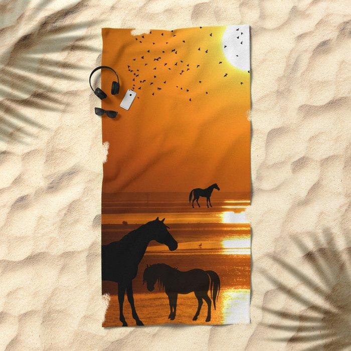 Horses Silhouette Beach Towel