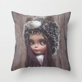 MÍMESIS Throw Pillow