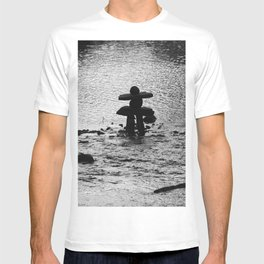 Inukshuk in Saint Élie de Caxton T-shirt