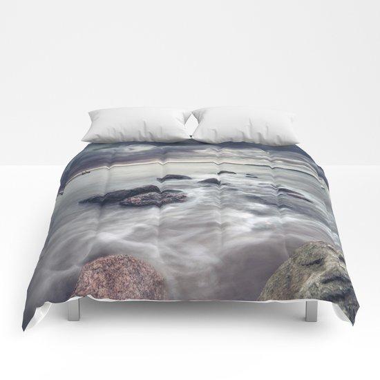 The furious rebels Comforters
