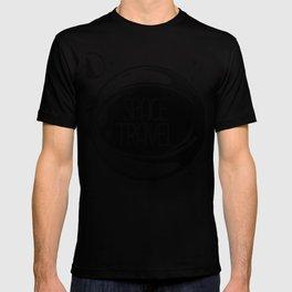 Space Travel Helmet and Planet Retro Art Design T-shirt
