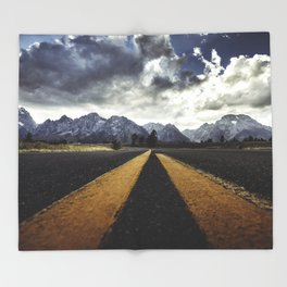 gran teton national park Throw Blanket