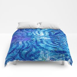 Blue curving Comforters