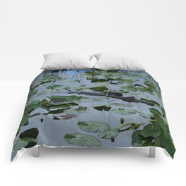 Florida Gator Amongst The Waterlilies Comforters